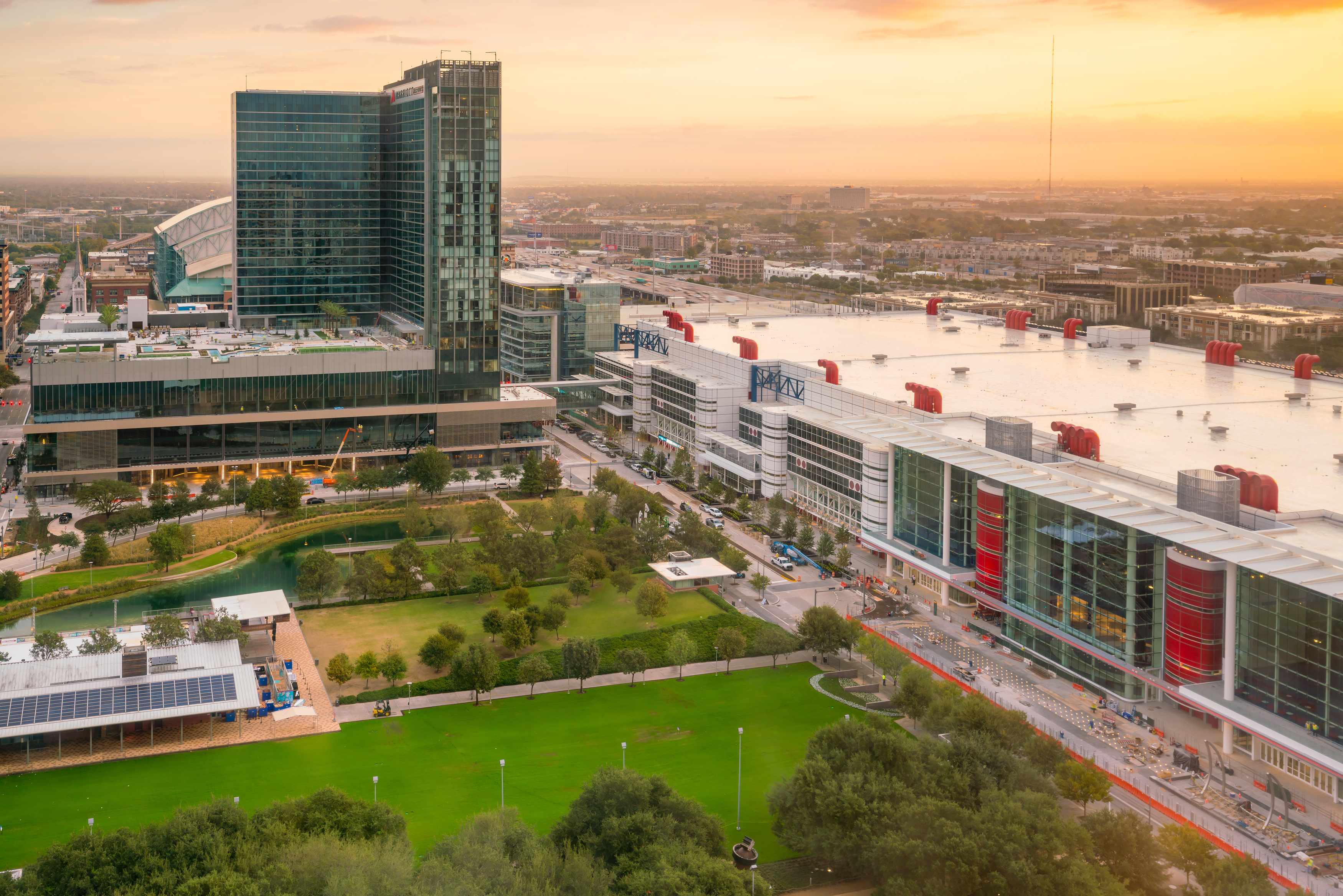 What to do around the George R. Brown Convention Center | Staging Solutions Inc.
